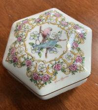 1992 Heritage House Valentine Serenades Love Me Tender Porcelain Music Box Japan