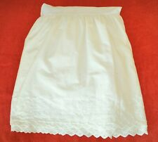 Jcpenney Queen Size Eyelet Bed Skirt - Cream Color