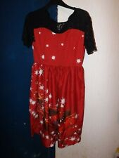 SIZE L ZIP BACK RED AND BLACK SHORT SLEEVE CHRISTMAS DRESS