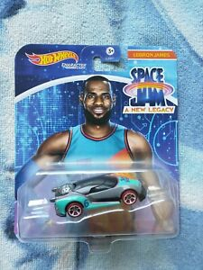 SPACE JAM A NEW LEGACY HOT WHEELS CHARACTER CARS LEBRON JAMES NEW