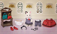 Sylvanian Families Calico Critters Town Series Charcoal Cat Fashion Play Set