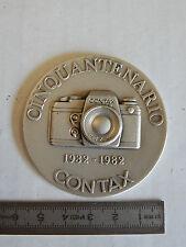 CINQUANTENARIO 1982 CONTAX BADGE IN METALLO MACCHINA FOTOGRAFICA REFLEX ETC