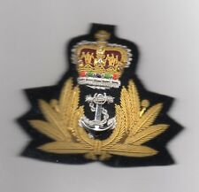 ROYAL NAVY  BOMBAY STYLE  OFFICERS CAP BADGE . QUEEN'S CROWN.