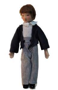 Puppenhaus Viktorianisch Boy IN Streifen Hose Miniatur Porzellan Menschen