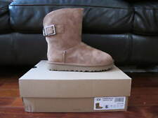 NEW AUTH UGG REMORA BUCKLE WMS SIZE US 6