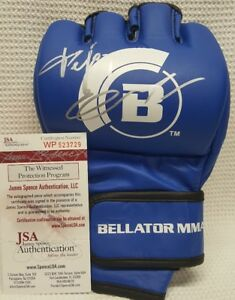 FEDOR EMELIANENKO Signed Autograph Official Fight Glove BELLATOR MMA. JSA