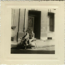 PHOTO ANCIENNE - VINTAGE SNAPSHOT - SCOOTER VESPA MARSEILLE 1957