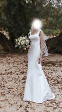 Elegantes, cleanes Ivory Brautkleid A-Linie von Très Chic Größe 36 mit Schleppe