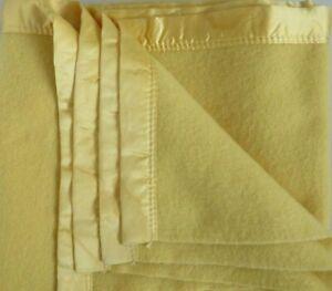 Vintage FULL Golden Dawn JC Penny 100% Wool Blanket w Satin Trim Sunny Yellow