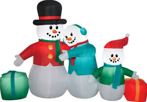 CHRISTMAS 6.5 Ft SNOWMAN FAMILY SCENE GIFTS Airblown Lighted Yard Inflatable
