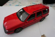 AUTOART 1/18 VOLVO 850 T-5R ESTATE 1995 RED