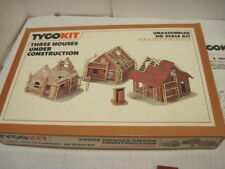 OLD TYCO TRAIN 3 HOUSE UNDER CONSTRUCTION  HO SCALE MODEL KIT R.R. BUILDINGS