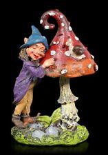 Gartenfigur - Pixie Elfe mit Pilz und Schnecke - Fantasy Kobold Deko Zwerg Figur