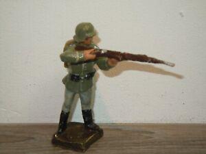 Elastolin Germany - Militair Toy - Soldier with Gun *37762