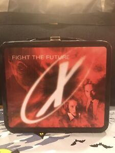 1998 The X-Files Fight the Future Movie Used Metal School Lunch Box Collectible