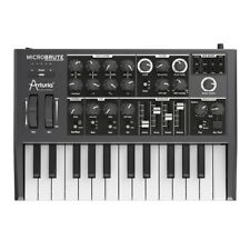 Arturia Microbrute 25-Key Analog Synthesizer (B-STOCK) +Picks