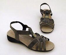 Damen-Sandalen & -Badeschuhe mit Keilabsatz/Wedge im Riemchensandalen-Stil ohne Muster für Kleiner Absatz (Kleiner als 3 cm)