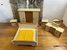 Konvolut alte Möbel aus Holz, Spielzeug, Deko (G)15847