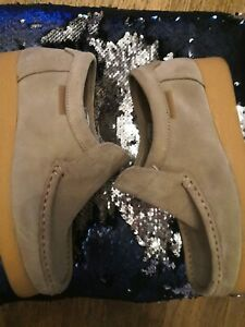 **BEN SHERMAN**BOYS**SUEDE LOAFERS**BEIGE** UK 4** Worn Once for photoshoot**
