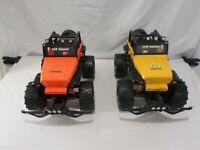 Lot of 2 New Bright Jeep Wrangler Mopar Edition 1:8 Scale Scaler Rock Crawler