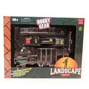Hobby Gear: 14pc Set Landscape Service 1/24 Scale
