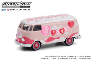 GREENLIGHT 30251 1/64 VW TYPE 2 PANEL VAN VALENTINES DAY 2021 EXCLUSIVE