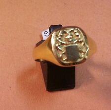 BONITO SELLO  de CADETE o NIÑA en oro 18 KTES. Con Escudo en Relieve. 3,20 GR.