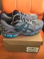 ASICS Gel-Kahana 8 Shoe - Women's Running SKU T6L5N.9041 Size 8.5