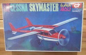 Idea 1:72 Scale Cessna 337 Super Skymaster model kit (MIB)