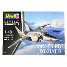 "Revell MiG-25 RBT ""Foxbat B"" (Level 5) (Scale 1:48)First class post"
