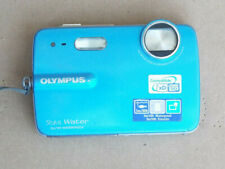 Olympus Stylus 550WP 10.0MP Waterproof Digital Camera Blue