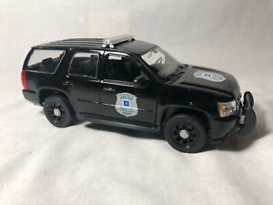 Welly 2008 Chevy Tahoe Police Package Black RARE 1:24 Diecast #22509