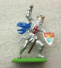NEW Vintage BRITAINS DEETAIL Knights on Metal Base #7740b