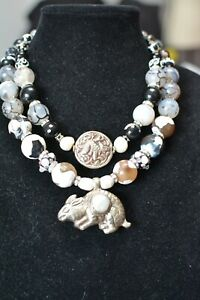Bold Statement Tribal Necklace Agate Repousse Pendant JEIQUE house lagenlook