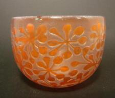 Kosta Boda Glasschale, signiert B. Vallien. Mundgebl., farbig überfangenes Glas.