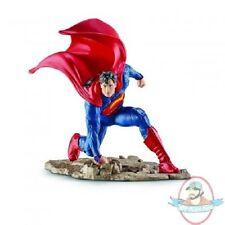 Dc Comic's Justice League Kneeling Superman 4 inch Pvc Figurine SCHLEICH