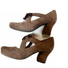 EARTHIES Sarenza Brown Taupe Suede Mary Jane Heels Retro 20s Speakeasy $169 8.5
