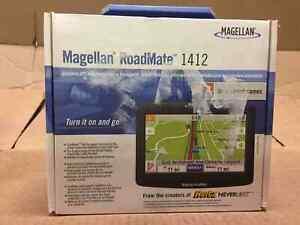Magellan RoadMate 1412 4.3-Inch Portable GPS Navigator(Open box)