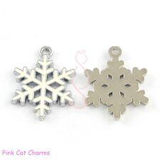 5 x Natale Bianco Fiocco Di Neve tibetano argento e smalto Charm Ciondoli Perline