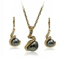 Gold GP Genuine SWAROVSKI ELEMENTS CRYSTAL  EARRINGS NECKLACE SET 220385