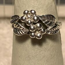 Vintage Sterling Silver 925 Ring with Flora Design Size 5.