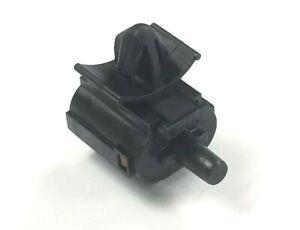 2013-2020 Kia Forte Ambient Temperature Sensor 96985-3X000 Kia OEM