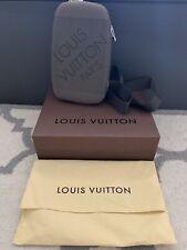 Louis Vuitton Classic Messenger Bag