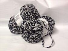 lot 5 pelotes de laine duo / cheval blanc / noir et blanc