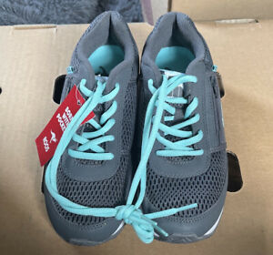 KangaROOS New With Tags Size 6 Women's Teal And Grey
