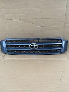 2001 2002 2003 Toyota Highlander Grille W/ Emblem oem
