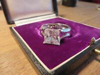 Schöner 925 Silber Ring Modern Designer Kubus Quadrat ZIrkonia Massiv Solitär