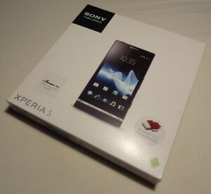 Sony Xperia S LT26i Excellent condition UNLOCKED original Box and Ancillaries