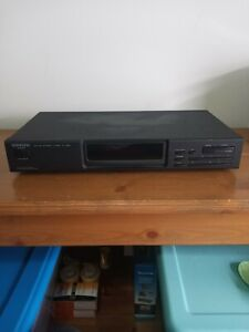 Kenwood KT-594 Stereo AM / FM Tuner Auto Tuning System