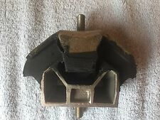 Renault 25 Left Side Gearbox Mount Mounting New 7700 783 019